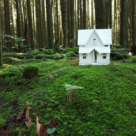 Forest Dollhouse